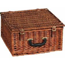 picnic basket for 2 household essentials willow picnic basket with service for 2