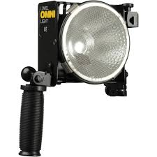 lowel tota light t1 10 lowel omni light 500 watt focus flood light o1 10 b h photo