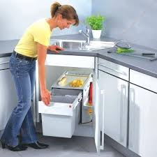poubelle pour meuble de cuisine accessoire meuble d angle cuisine poubelle pour meuble dangle