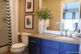 Guest Bathroom Vanity by Guest Bathroom Makeover Guest Post Country Chic Paint