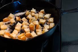 Slow Cooker Potato Leek Soup with Bacon Croutons