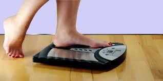 Timbangan Berat Badan Terbaik 4 kebiasaan sehat untuk mencapai berat badan ideal kompas