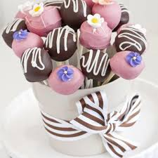 cake pop bouquet and chocolate cake pop bouquet