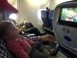 Wyoming traveling with toddlers images How to prepare for a child 39 s first flight mommy points jpg