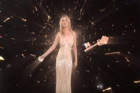 kate moss floats in space in charlotte tilbury vr experience