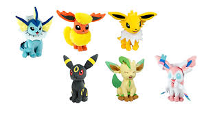 exclusive eevee plush collection debuts at toy u201dr u201dus nintendo wire