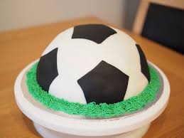 football cakes this was a simple football cake i made near the end of last year