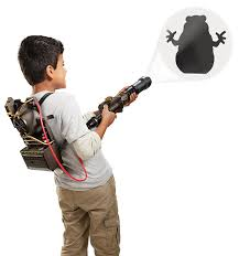 spirit halloween ghostbusters proton pack ghostbusters drw72 proton pack projector amazon co uk toys u0026 games