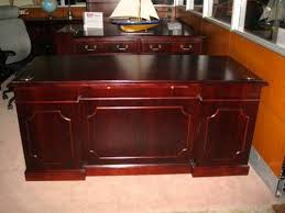 Executive Desk And Credenza Kimball Presidential Desk Set For Sale Includes A Matching