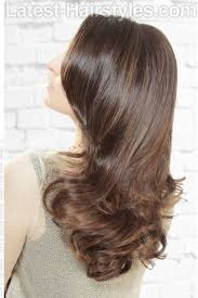 light brown highlights on dark hair 32 sweetest caramel highlights on brown hair tending in 2018