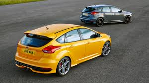 ford focus st yellow 2015 ford focus st colour guide carwow