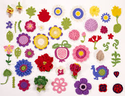 Crocheted Flowers - substituting yarn for crocheted flowers with suzann thompson