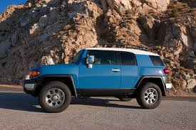 toyota suv price 2013 toyota fj cruiser reviews and rating motor trend