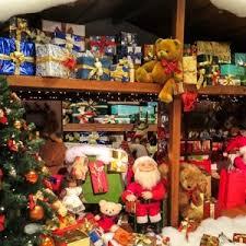 the history of christmas gift giving