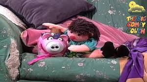 comfy couch this little piggy the big comfy couch season 2 episode 5 youtube