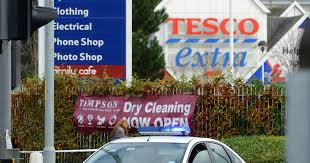 tesco bureau de change locations robbers raid tesco in baguley wythenshawe manchester