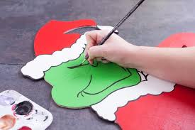 How to Make Wood Cut Outs of the Grinch