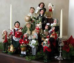 victorian christmas carolers figurines u2013 happy holidays