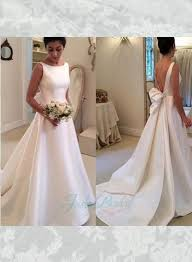 Wedding Dresses With Bows The 25 Best Plain Wedding Dress Ideas On Pinterest Elegant