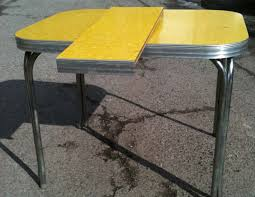 Yellow Kitchen Table And Chairs Yellow Retro Kitchen Table - Retro formica kitchen table