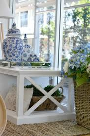 hamptons homes interiors 679 best blue and white decorating images on pinterest canvas