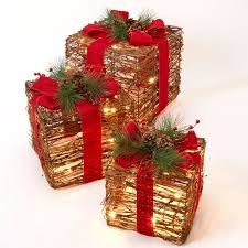 pre lit christmas gift boxes set of 3 pre lit rattan gift boxes outdoor christmas lighted