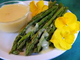 cuisine hollandaise asperge violette violet asparagus with hollandaise sauce recipe