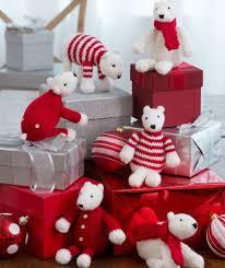 polar ornaments free knitting pattern from yarns