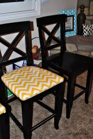How To Upholster A Dining Chair How To Reupholster A Dining Room Chair Free Home Decor