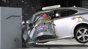 lexus is 250 van crash test lexus is250 350 40mph small overlap test iihs youtube