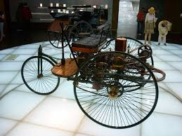 first mercedes benz 1886 green laker mercedes benz museum stuttgart germany