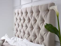 Padded Bed Headboard by 12 Best Buttoned Headboard Beds Images On Pinterest Upholstered
