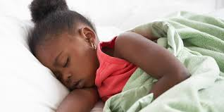 how long before bed should you take melatonin using melatonin to help children fall asleep huffpost