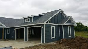Craftsman Houses The Outside Shell Is Complete Brady Lou Project Guru