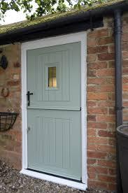 Oak Exterior Door by Rockdoor Stable Spy View Http Www Verysecuredoors Co Uk