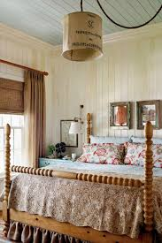 Make Your Home Beautiful With Accessories Master Bedroom Decorating Ideas Southern Living