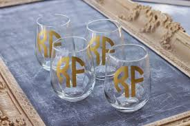 diy monogram wine glasses nellie phoeb s diy monogrammed wine glass gift