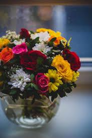 make a holiday flower arrangement capitol hill arts workshop