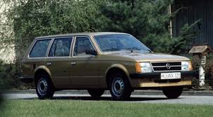 opel novi opel kadett caravan 1979 1984 novi i polovni automobili