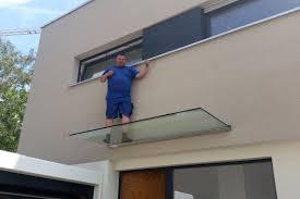 balkon vordach vordach aus glas vordächer aus glas und edelstahl für hauseingang