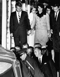 Oswald Backyard Photos His Brother U0027s Keeper Robert F Kennedy Saw Conspiracy In Jfk U0027s