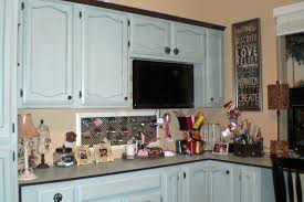 Craft Room Cabinets Craftaholics Anonymous Craft Room Tour Kim At Cakepops 101