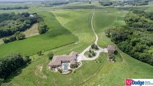 amazing property on large and pristine acres iowa luxury homes