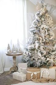 white christmas trees 33 chic white christmas tree decor ideas digsdigs white christmas