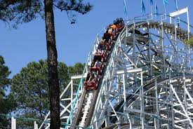 Six Flags Rollercoaster Six Flags Over Georgia To Close Georgia Cyclone At End Of July