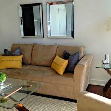 Sofas For Small Living Room by 19 Best Small Cape Cod Living Room Design Images On Pinterest