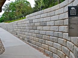 Garden Retaining Wall Blocks by Retaining Walls Gulf Coast Pavers Wall Pinterest Retaining