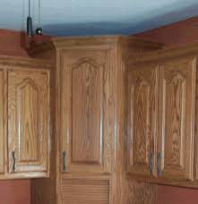 Crown Moulding Above Kitchen Cabinets Lovely Crown Molding On Kitchen Cabinets Hi Kitchen