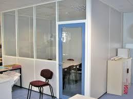 cloison aluminium bureau aménager les bureaux avec des cloisons amovibles amge industrie