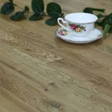 Laminate Floor Layers B U0026q Rwtl Natural Oak Effect Wood Top Layer Flooring 2 03m Pack